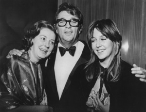 """Robert Mitchum with his wife Dorothy and daughter at the """"Ryan"""