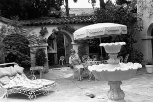 Agnes Moorehead at homecirca 1965 © 1978 Gunther - Image 2715_0005