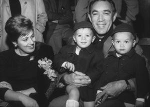 Anthony Quinn & wife Yolanda, sons Francesco andDaniele, 1966. - Image 2844_0207