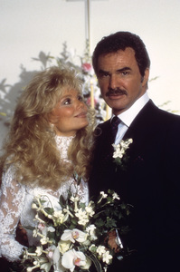 Loni Anderson and Burt Reynolds on their wedding day 1988 © 1988 Mario Casilli - Image 2868_0241
