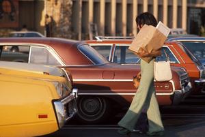 Diana Ross with daughter Rhonda Ross in Los Angeles, California c.1974 © 1978 Gunther - Image 2891_0123
