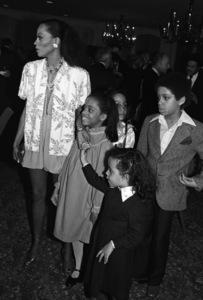 Diana Ross, Rhonda Ross Kendrick, Tracee Ellis Ross and Chudney Ross1983 © 1983 Bobby Holland - Image 2891_0127