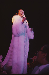 Diana Ross live in Las Vegas1978 © 2009 Bobby Holland - Image 2891_0131