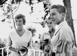 """Jean Seberg On location for the filming of """"BonjourTristesse"""" 1957 © 1978 Bob Willoughby - Image 2927_0082"""