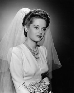 Alexis Smith1942Photo by Welbourne - Image 2957_0065