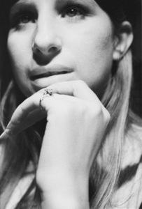 """Barbra Streisand in the studio at a recording session for the album """"Barbra Joan Streisand"""" 1971 © 1978 Ed Thrasher - Image 2995_0265"""