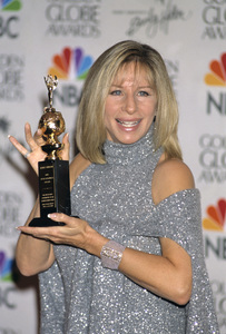 "Barbra Streisand at ""The 57th Annual Golden Globe Awards""2000 © 2000 Gary Lewis - Image 2995_0351"