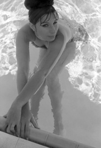 Barbra Streisand at the Beverly Hills Hotel 1963 © 1978 Bob Willoughby - Image 2995_0405
