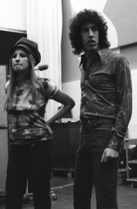 Barbra Streisand and Richard Perry in the studio at a recording session1971© 1978 Ed Thrasher - Image 2995_0435