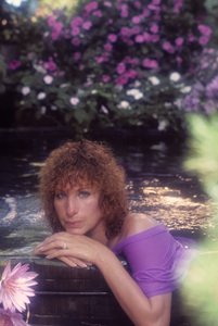 """Barbra Streisand in an outtake for the album session for """"Wet"""" 1979 © 1979 Mario Casill - Image 2995_0515"""