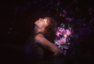 """Barbra Streisand in an outtake for the album session for """"Wet"""" 1979 © 1979 Mario Casill - Image 2995_0518"""