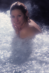 """Barbra Streisand in an outtake for the album session for """"Wet"""" 1979 © 1979 Mario Casill - Image 2995_0522"""