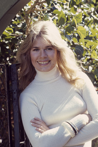 Loretta Swit at home1972© 1978 Gene Trindl - Image 3003_0004