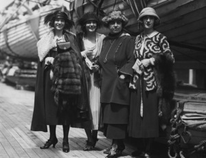 Norma Talmadge, Constance Talmadge, Natalie Talmadge, Peg Talmadge, Photo By Paul Thompson, 1920, **I.V. - Image 3008_0003