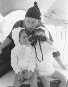 Peter Ustinov with daughters, Pavla and Andrea1961 © 1978 Sanford Roth - Image 3044_0025