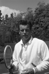 Robert Wagner at the Bel-Air Country Club tennis courtscirca 1960 © 1978 David Sutton - Image 3064_0846