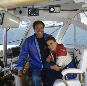 "Natalie Wood and Robert Wagner aboard ""Splendour"" in Marina del Rey, CA July 7, 1978 © 1978 Jason Hailey - Image 3064_0852"