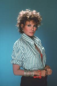 Raquel WelchC. 1987**H.L. - Image 3084_0147