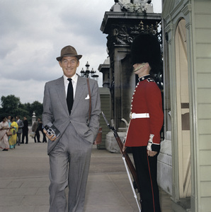 Michael Wilding in Londoncirca 1950s © 1978 Paul Hesse - Image 3103_0003