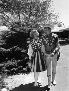 Roy Rogers and Dale Evans1975 © 1978 Gunther - Image 3187_0559