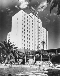 Hollywood Roosevelt Hotelcirca 1956© 1978 David Sutton - Image 3250_0053