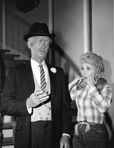 """The Beverly Hillbillies""Buddy Ebsen, Donna Douglascirca 1966**I.V. - Image 3265_0137"