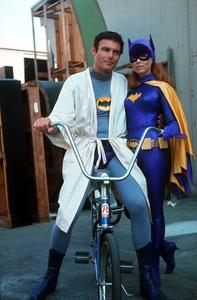 """""""Batman""""Adam West, Yvonne Craig1967 ABC / 20th © 1978 GuntherMPTV - Image 3285_0101"""
