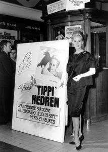"""""""The Birds""""Tippi Hedren at a European Publicity Tour1963 Universal / **I.V. - Image 3302_0026"""