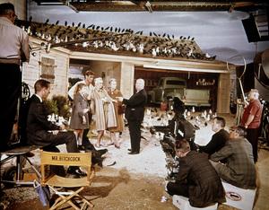 """""""The Birds""""Rod Taylor, Tippi Hedren, director Alfred Hitchcock1963 Universal ** I.V. - Image 3302_0037"""