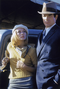 """""""Bonnie and Clyde"""" Faye Dunaway, Warren Beatty 1967 Warner Brothers ** I.V. - Image 3314_0333"""