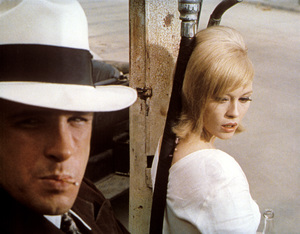 """""""Bonnie and Clyde"""" Faye Dunaway, Warren Beatty 1967 Warner Brothers ** I.V. - Image 3314_0334"""