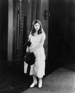 """Norma Talmadge in""""The Branded Woman"""" 1920 First National - Image 3317_0021"""