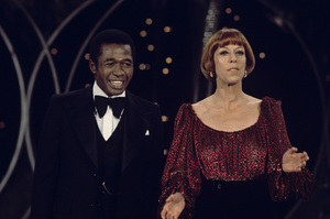 """The Carol Burnett Show""Ben Vereen, Carol Burnettcirca 1977Photo by Gabi Rona - Image 3338_0030"