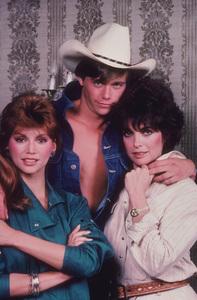 """Dallas""Victoria Principal, Timothy Patrick Murphy,Linda Gray1983 CBS © 1983 Gene TrindlMPTV - Image 3379_0084"