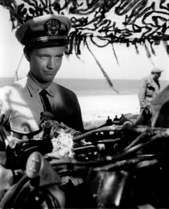 "Robert WalkerFilm Set""Ensign Pulver"" (1963)Copyright John Swope Trust / MPTV - Image 3415_0107"