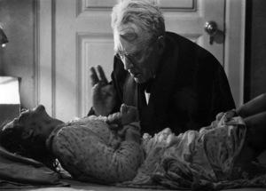 """The Exorcist"" Max von Sydow, Linda Blair 1973 Warner Brothers ** I.V. - Image 3420_0415"