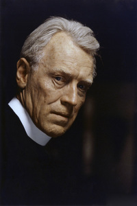 """""""The Exorcist"""" Max von Sydow 1973 Warner Brothers ** I.V. - Image 3420_0426"""