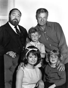 """Family Affair""Sebastian Cabot, Brian Keith, Anissa Jones, Kathy Garver, Johnny Whitakercirca 1966Photo by Gabi Rona - Image 3423_0004"