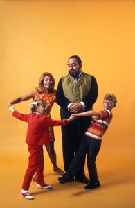 """A Family Affair""Anissa Jones, Kathy Garver, Sebastian Cabot, Johnny WhitakerJuly 1968 © 1978 Gene Trindl - Image 3423_0022"