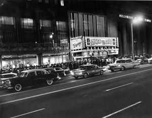 """Paramount theater in Hollywood, CA playing """"Splendor in the Grass"""" and """"Fanny""""1961Photo by Zinn Arthur - Image 3425_0106"""