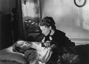 """Gone With The Wind""Olivia de Havilland & Vivien Leigh1939 MGM - Image 3457_0049"