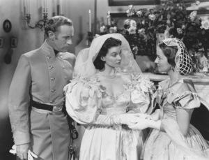 """""""Gone With The Wind""""Leslie Howard, Vivien Leigh & Olivia de Havilland1939 MGM**I.V. - Image 3457_0238"""