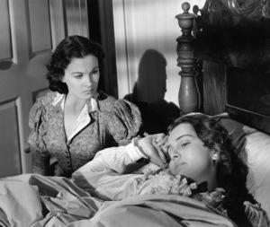 """""""Gone With The Wind""""Vivien Leigh & Olivia de Havilland1939 MGM** I.V. - Image 3457_0254"""