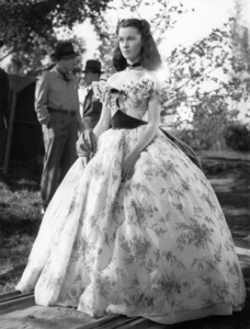 """Vivien Leigh on the set of """"Gone with the Wind""""1939 MGM** B.D.M. - Image 3457_0281"""
