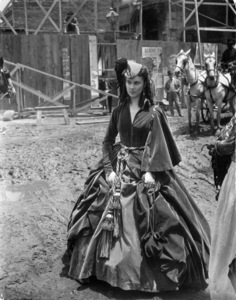 """Vivien Leigh in """"Gone with the Wind""""1939 MGM** B.D.M. - Image 3457_0282"""
