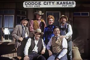 """Gunsmoke"" Milburn Stone, James Arness, Amanda Blake, Ken Curtis, Glenn Strange, Buck Taylor circa 1967 ** H.L. - Image 3470_0030"