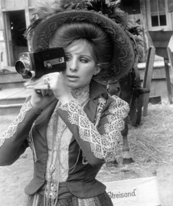 """Hello Dolly""Barbra Streisand1969 20th Century Fox**I.V. - Image 3483_0038"