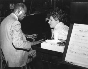 """Hello Dolly""Barbra Streisand, Louis Armstrong1969 20th Century Fox**I.V. - Image 3483_0041"