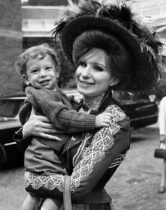 """Hello, Dolly!""Barbra Streisand and son Jason Gould1969 20th Century Fox** I.V. / M.T. - Image 3483_0045"