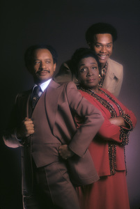 """The Jeffersons""Mike Evans, Isabel Sanford, Sherman Hemsley1975 © 1978 Mario Casilli - Image 3513_0019"